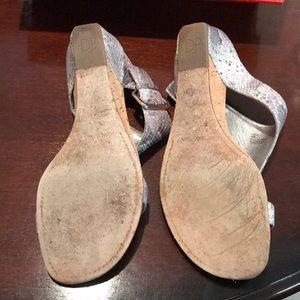 Donald J. Pliner Shoes - Donald Pliner sz10 wedge sandals